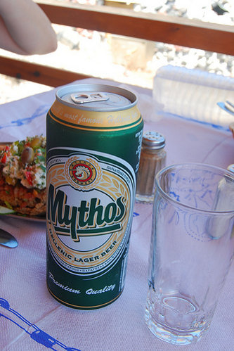 Mythos Beer en lata